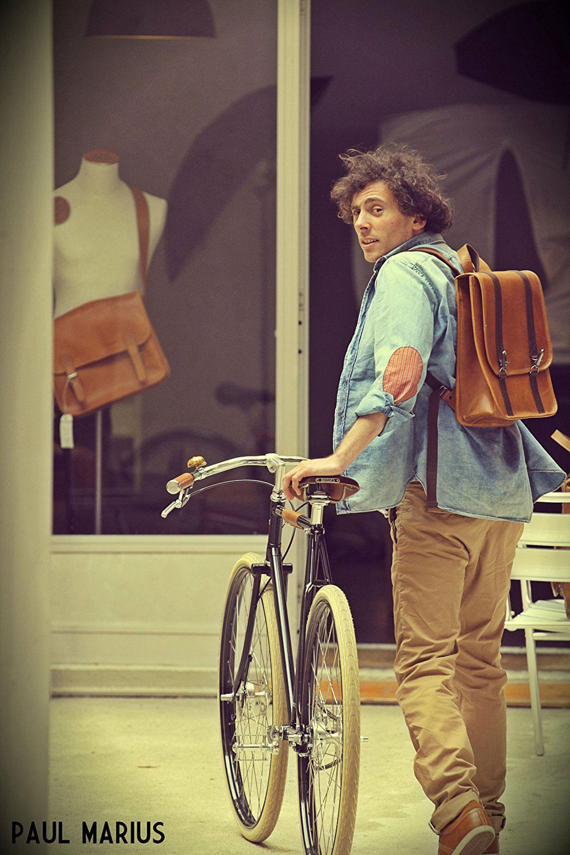 Idéal pour se déplacer à vélo ou á pieds tout en gardant les mains libres. coursier Paul et Marius sac à dos cuir